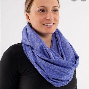 Lululemon- Vinyasa Scarf (infinity scarf)